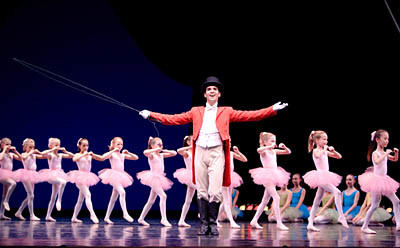 Jonathan Porretta and PNB School students in Circus Polka. Photo © Angela Sterling