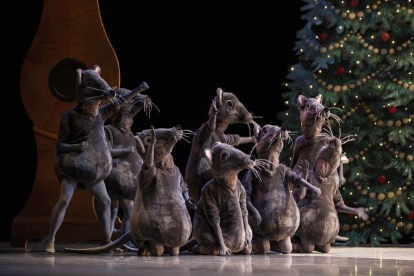 George Balanchine S The Nutcracker Pacific Northwest Ballet
