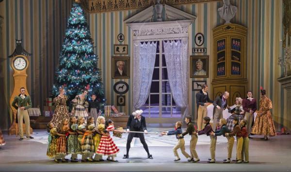Party scene. George Balanchine's The Nutcracker®, choreography by George Balanchine © The George Balanchine Trust. Photo © Angela Sterling.